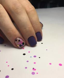 model unghii cu buline