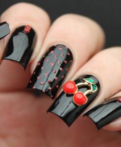 model unghii negru lucios