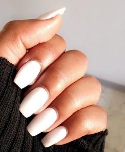 unghii albe cu gel