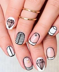 unghii alb cu negru