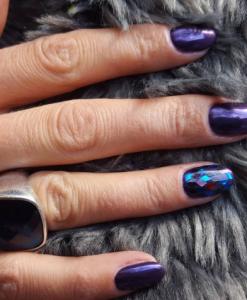 unghii cu gel reflexii mov