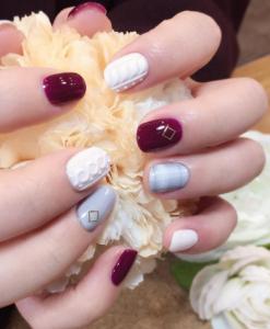 unghii cu gel 3 colorate