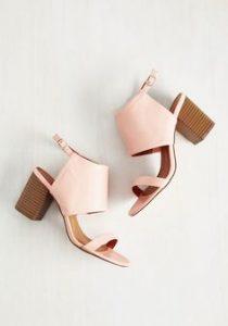 sandale cu toc mic