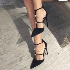 pantofi negrii stiletto