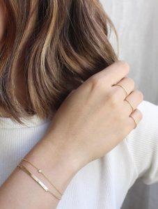 bijuterii simple