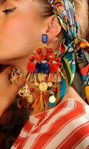 cercei tribali pentru femei