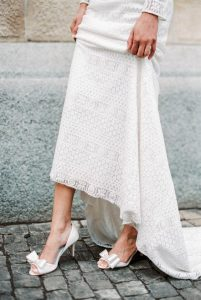 pantofi albi toc mic