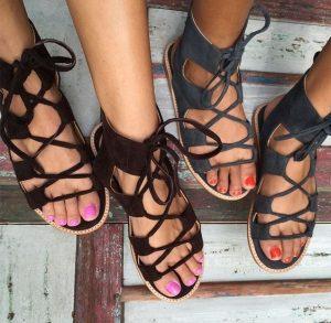 sandale gri si negru