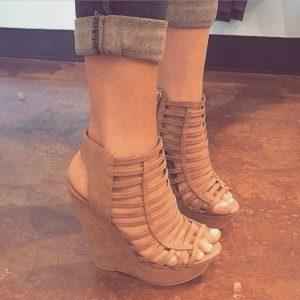 sandale cu platforma bretele