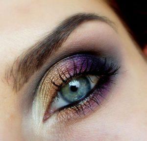 idei machiaj deosebit ochii albastrii