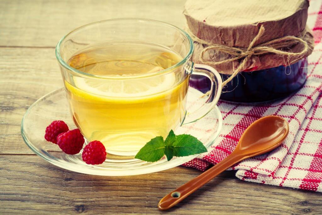 ceaiul de frunze de zmeura